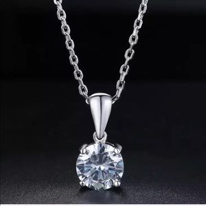 NEW Valentines Day White Gold Necklace